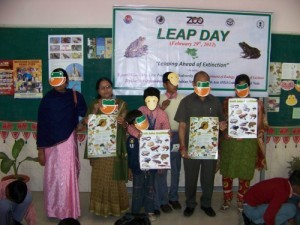 Teachers and students with amphibian education kits at Lucknow.